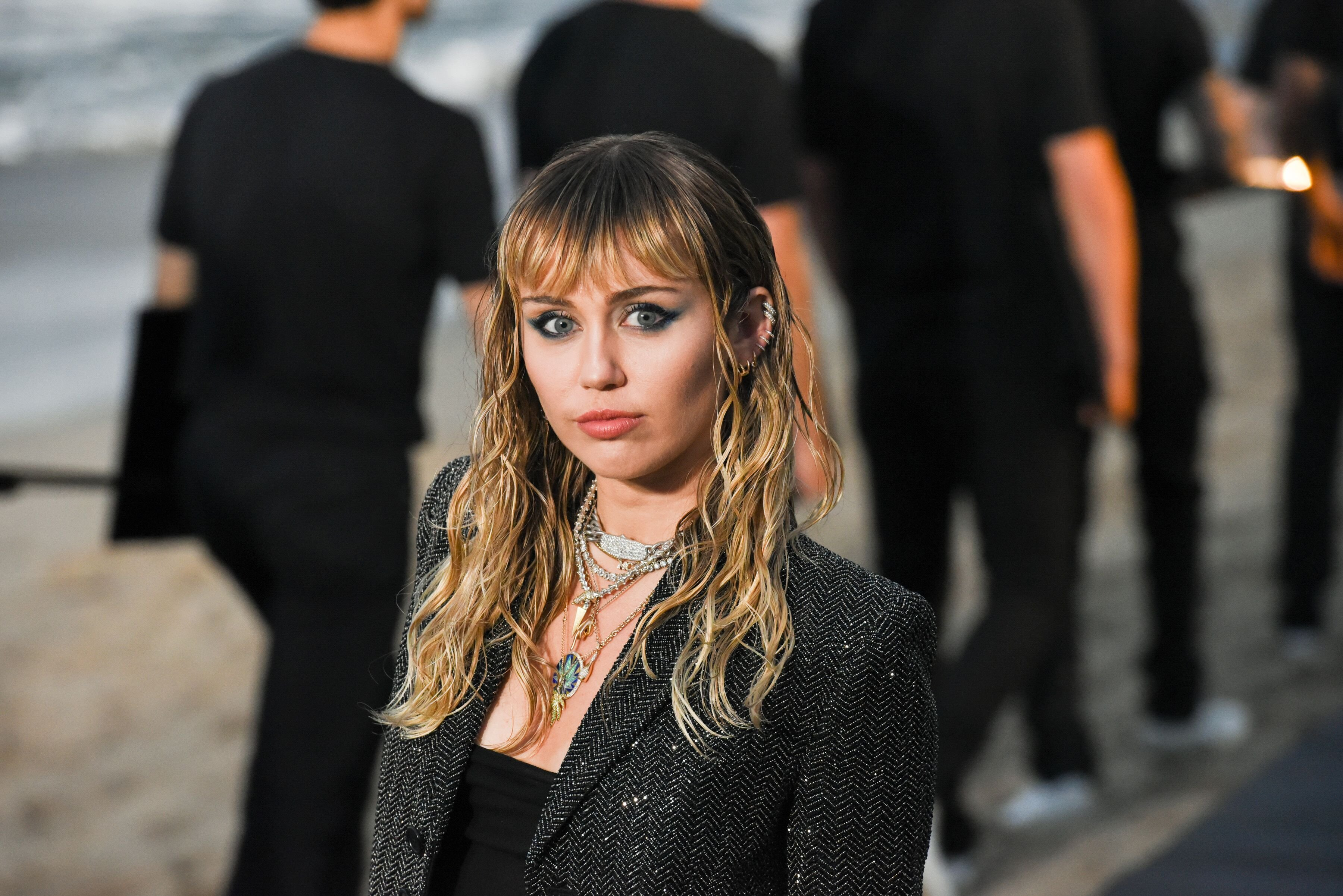 Miley Cyrus at Saint Laurent men's spring-summer 20 show on June 06, 2019, in Malibu, California | Photo: Presley Ann/WireImage/Getty Images