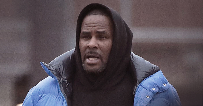 R. Kelly Ex-Staffers Gave over 20 Sex Tapes to FBI That Led to Arrest: Report