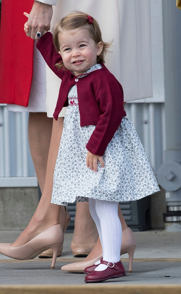 Princess Charlotte leaves from Victoria Harbour to board a sea-plane on October 1, 2016 in Victoria, Canada.   Photo: Getty Images