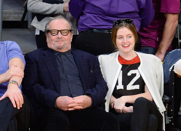 Jack Nicholson and Lorraine Nicholson at a basketball game on November 16, 2014 | Photo: Getty Images