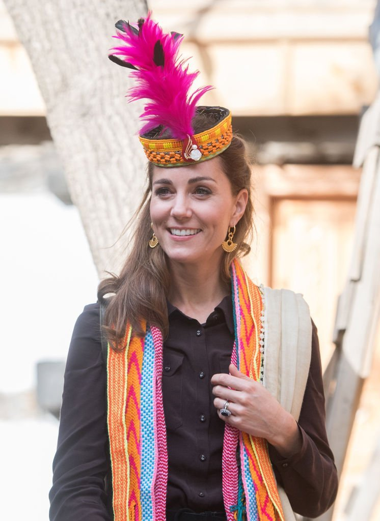 Kate Middleton during a visit to a settlement of the Kalash people in Chitral, Pakistan. | Photo: Getty Images