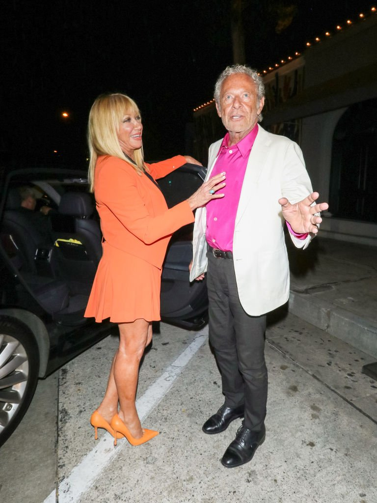 Suzanne Somers and Alan Hamel are seen on June 18, 2019 in Los Angeles, California | Photo: Getty Images