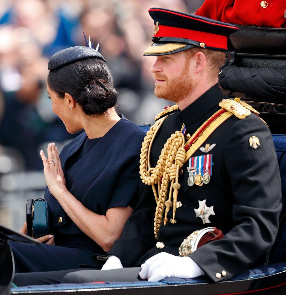 """Harry et Meghan durant le défilé du """"Trooping The Colour"""" le 8 juin 2019. l Source : Getty Images"""