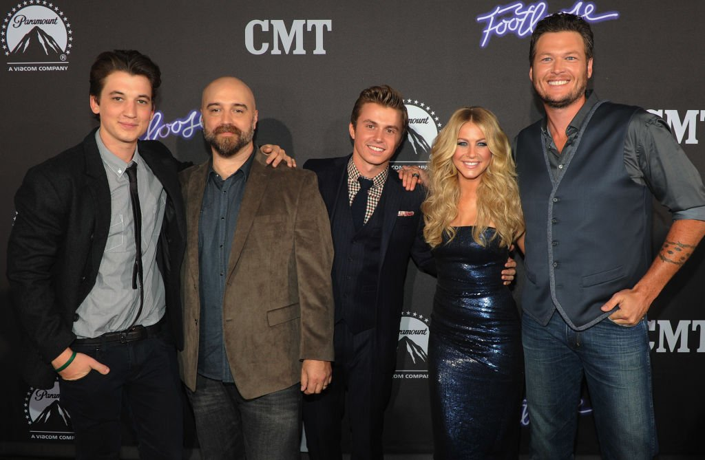Actor Miles Teller, Director Craig Brewer, Actors Kenny Wormald, Julianne Hough with Recording Artist Blake Shelton attend FOOTLOOSE Nashville screening on October 6, 2011  | Getty Images / Global Images Ukraine