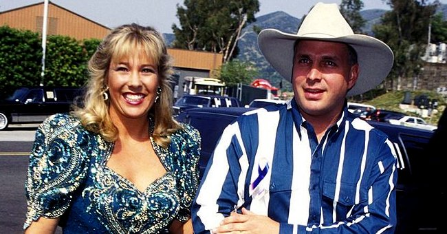 Here's the Story behind Garth Brooks' Relationship with Ex-wife Sandy Mahl after Their Divorce