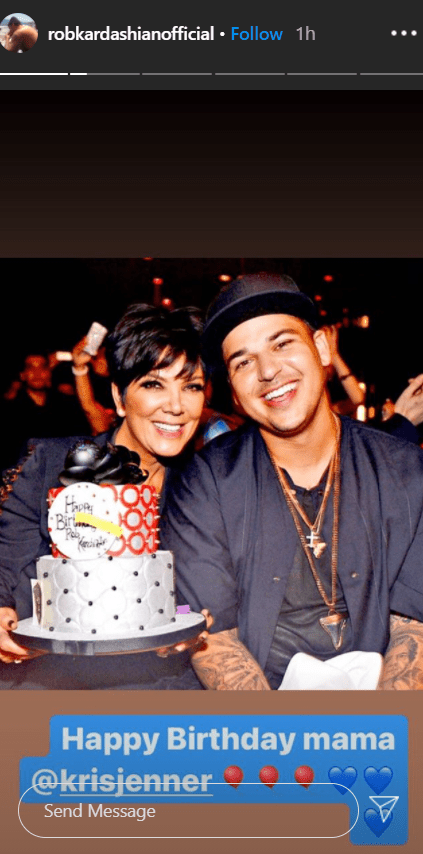 Rob Kardashian and Kris Jenner smiling for a picture during Kris's birthday   Photo: Instagram/robkardashianofficial
