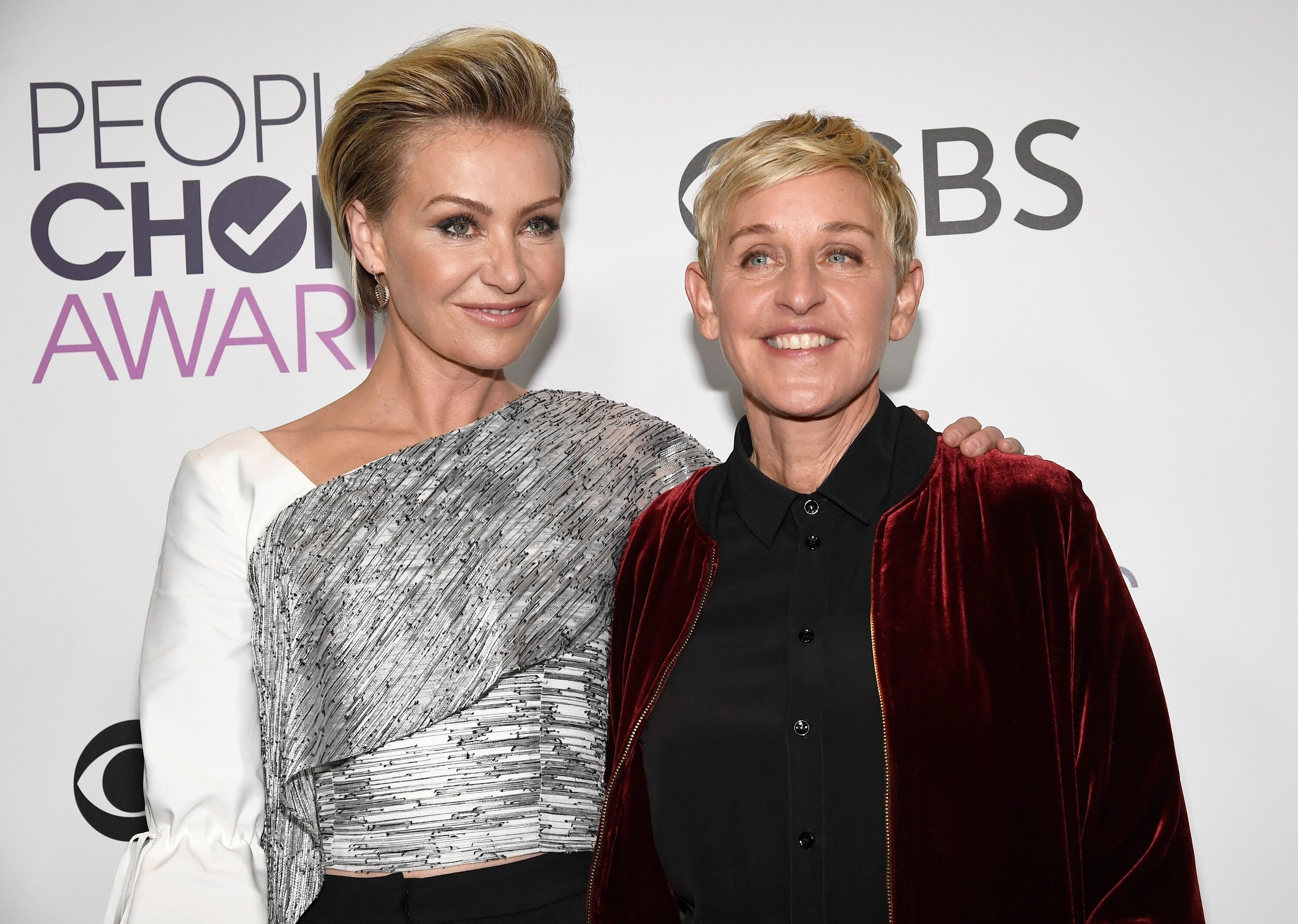 Ellen DeGeneres and wife Portia de Rossi at the People's Choice Awards| Source: Getty Images