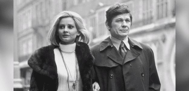 Charles Bronson and Jill Ireland walking side by side   Photo: YouTube/Facts Verse