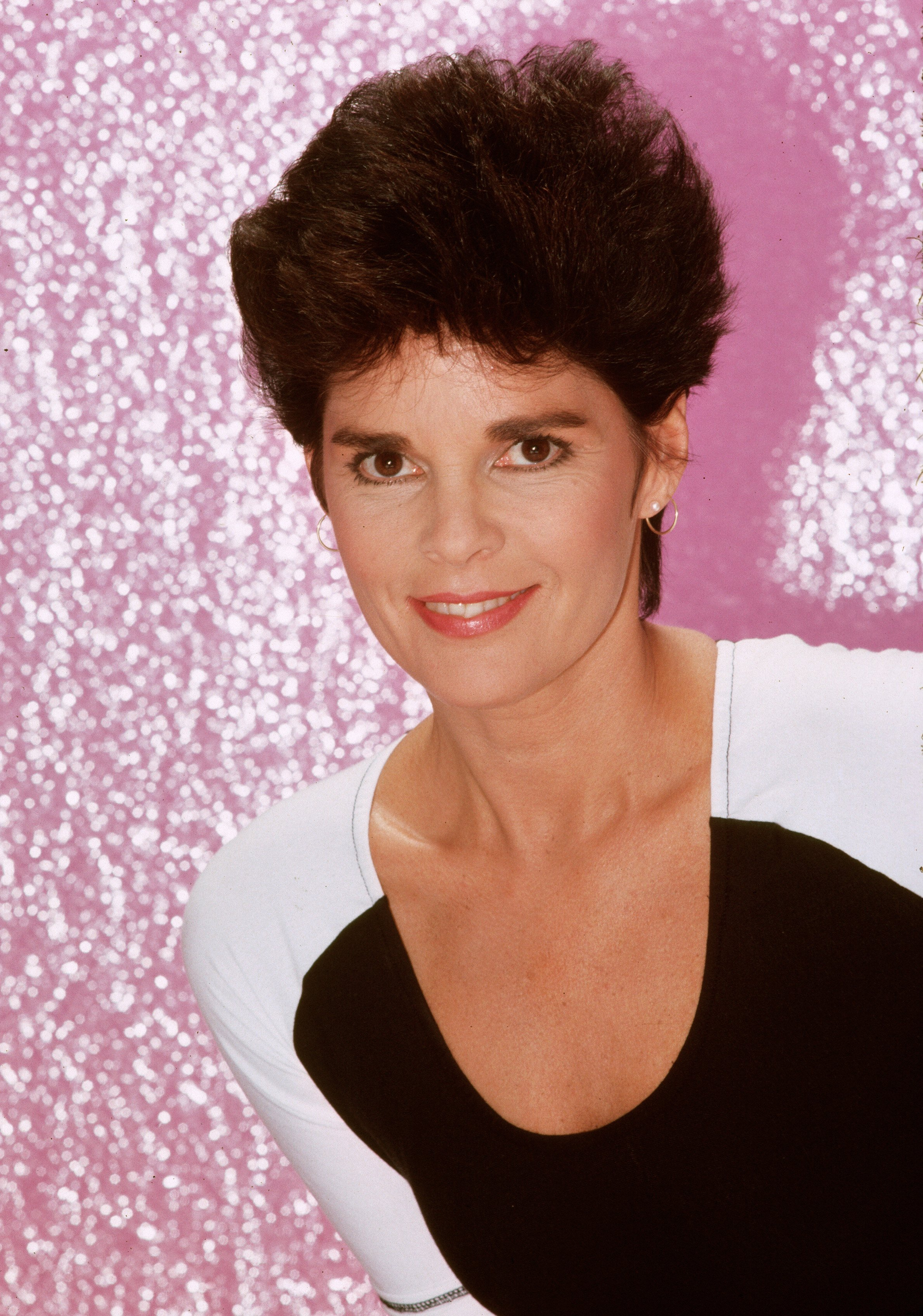 Actress Ali MacGraw poses for a portrait in 1982 in Los Angeles, California.| Source: Getty Images