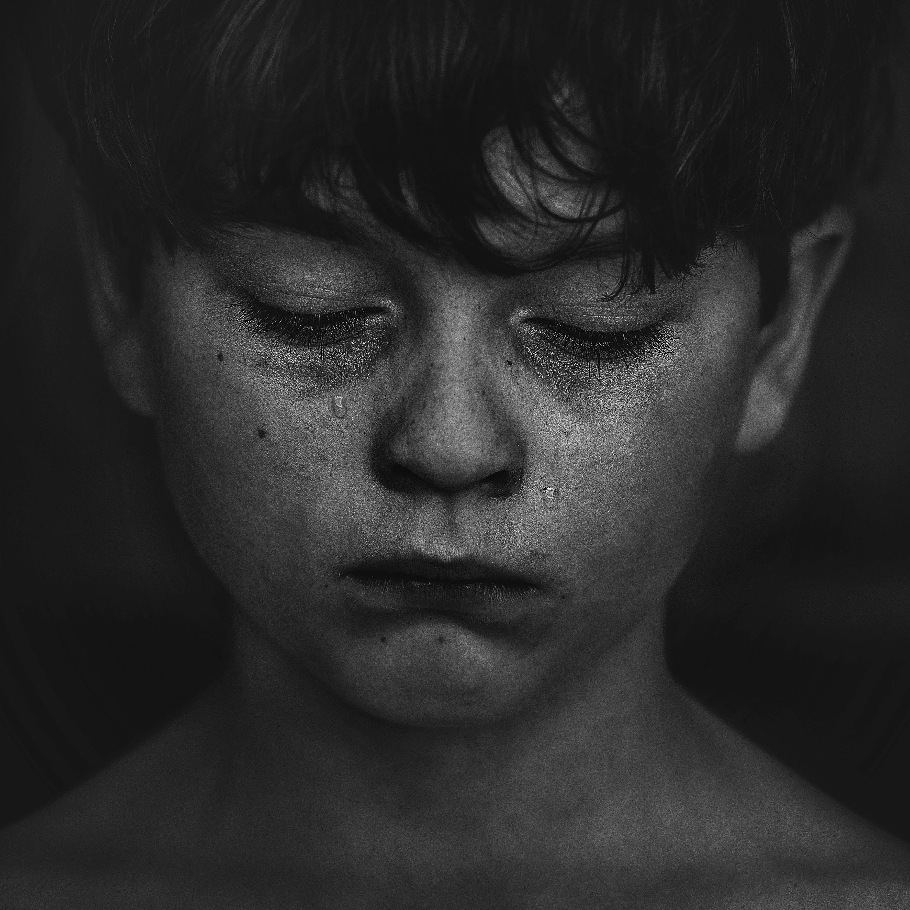 Boy crying | Photo: Unsplash/Kat J