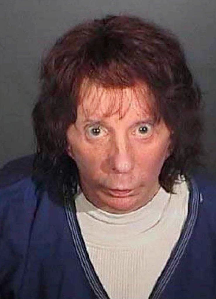 Phil Spector poses for a mugshot April 13, 2009 in Los Angeles. | Photo : Getty Images