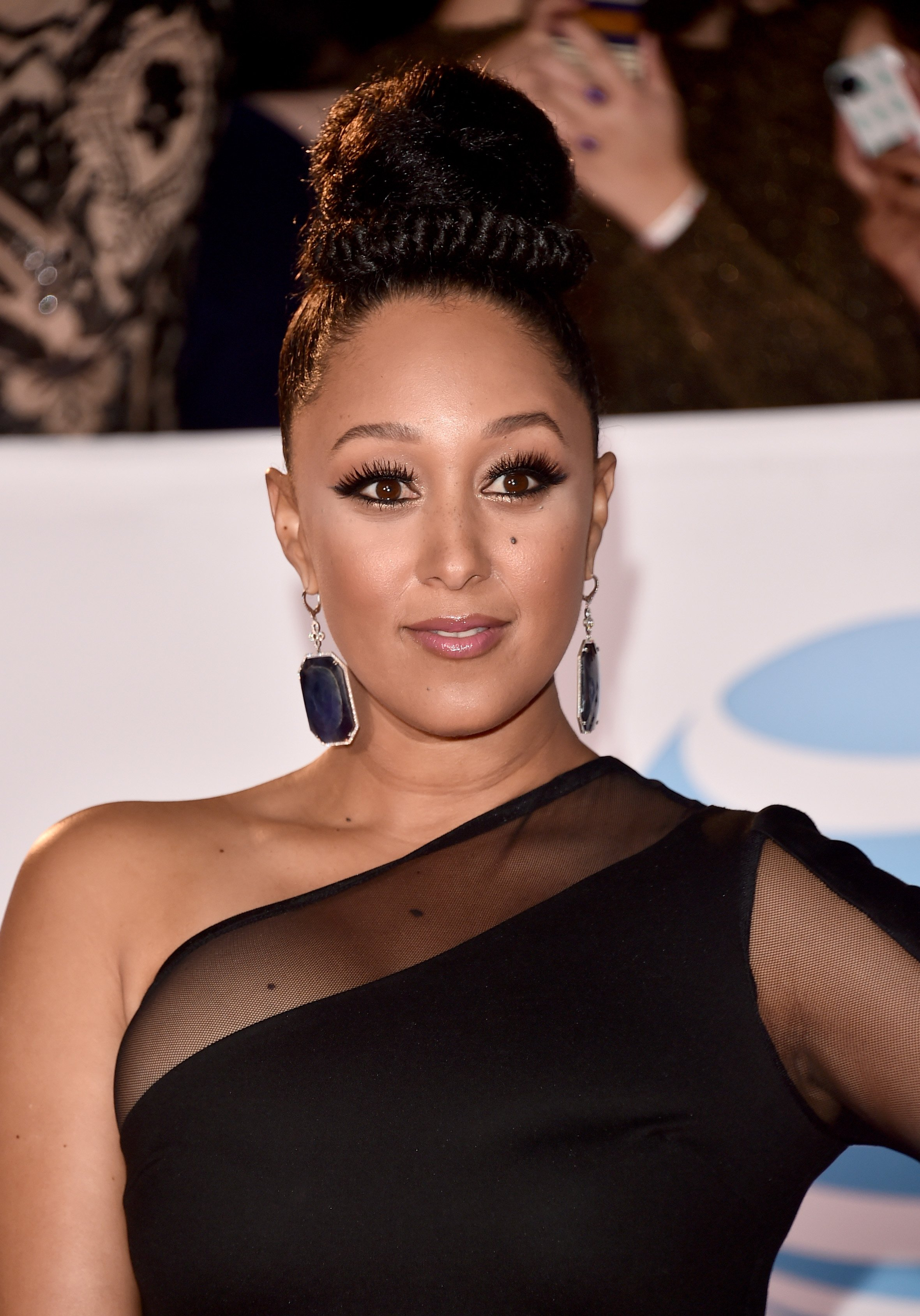 Tamera Mowry at the 49th NAACP Awards in January 2018. | Photo: Getty Images