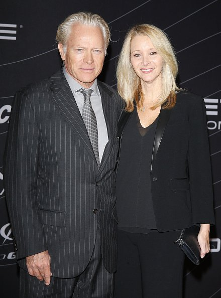 Lisa Kudrow and Michel Stern at the Petersen Automotive Museum grand re-opening gala on December 5, 2015 in Los Angeles, California. | Photo: Getty Images