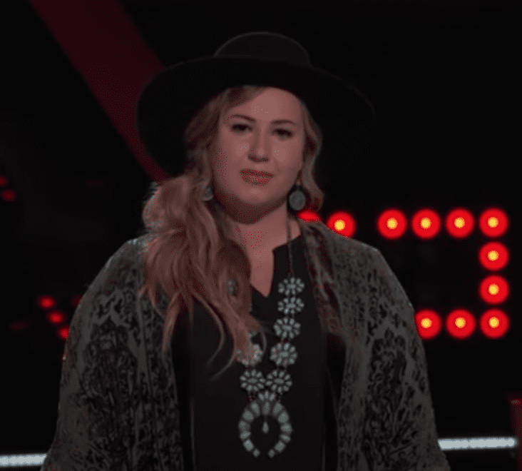 """Bailey Ray during the November 9 Battle with fellow """"The Voice"""" contestant Sid Kingsley. I Image: YouTube/ The Voice."""