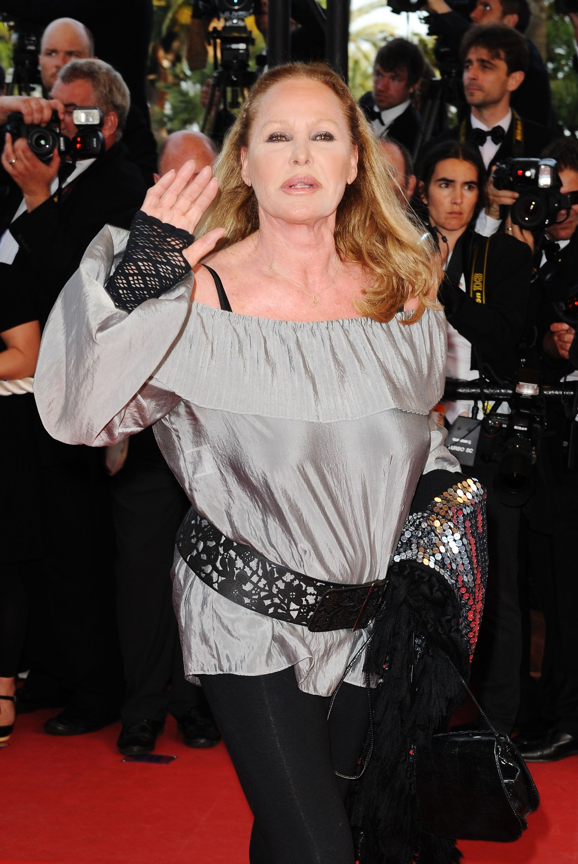 Ursula Andress attends the Inglourious Basterds Premiere. | Source: Getty Images