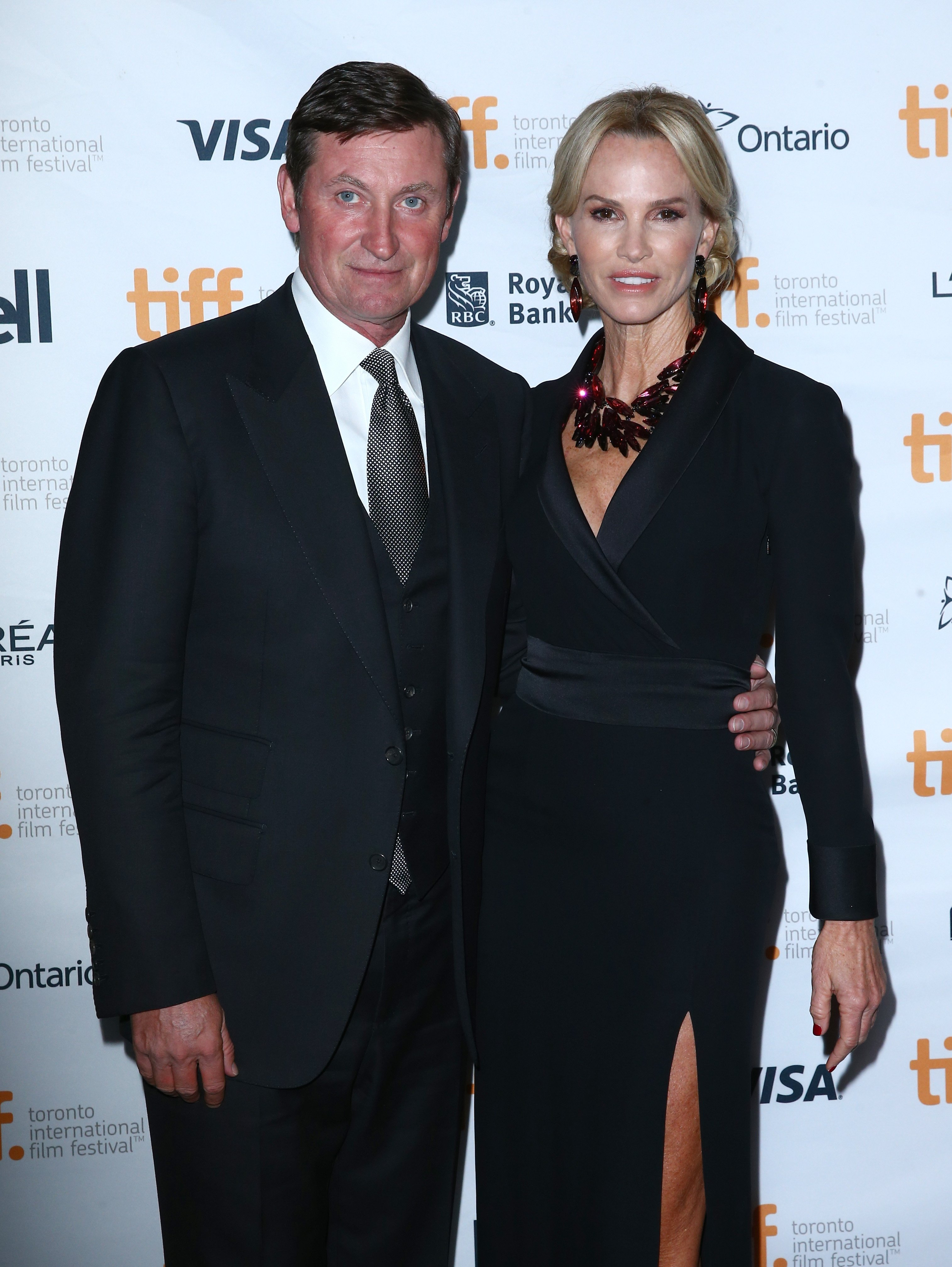 """Wayne Gretzky and actress Janet Jones attend the """"The Sound And The Fury"""" Premiere at Ryerson Theatre on September 6, 2014 in Toronto, Canada   Photo: Getty Images"""