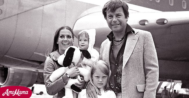 Natalie Wood with Robert Wagner and little Natasha Gregson Wagner   Photo: Getty Images