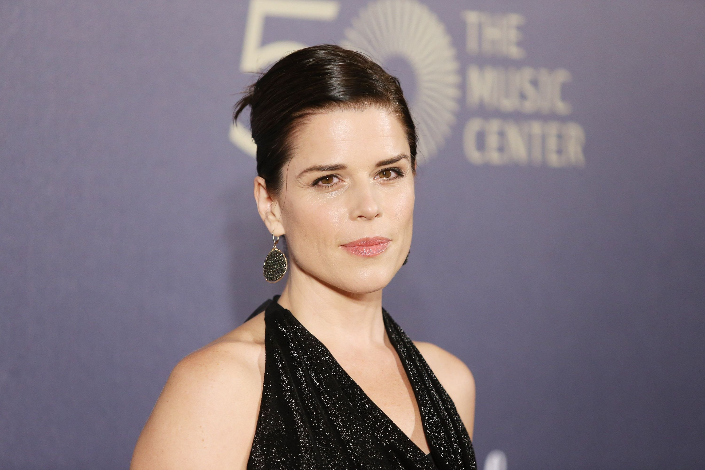 Neve Campbell at The Music Center's 50th Anniversary Spectacular in 2014 in Los Angeles, California | Source: Getty Images