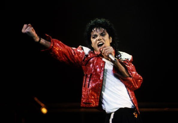 Michael Jackson performs in concert circa 1986 | Photo: Getty Images