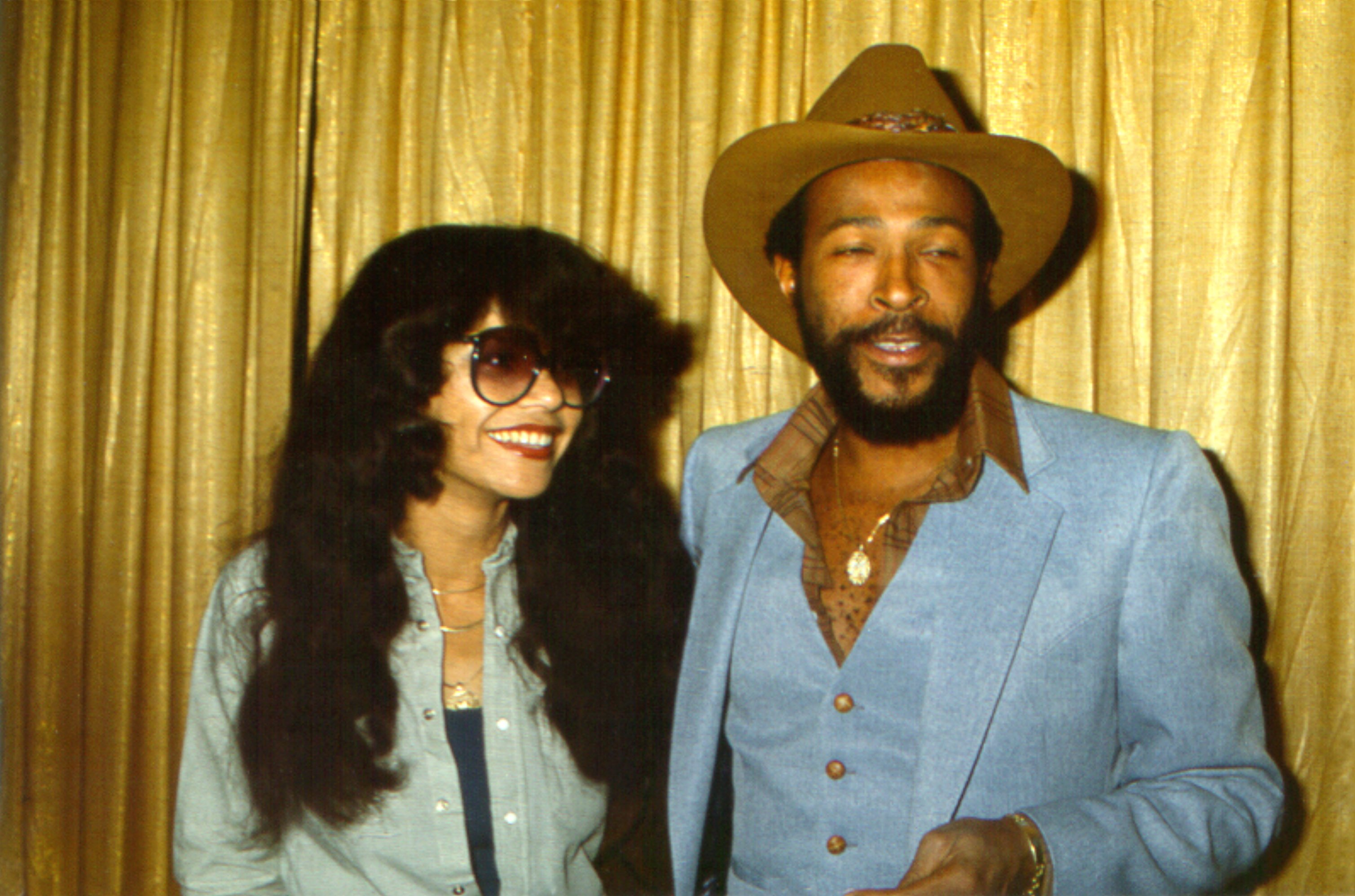 R&B singer Marvin Gaye poses for a portrait at an event with his wife Janice Gaye on October 31, Halloween, 1977 in Los Angeles, California. | Source: Getty Images