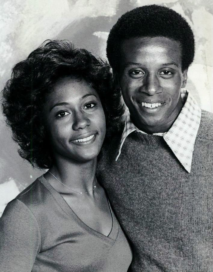 """Publicity photo of Berlinda Tolbert as Jenny Willis and Damon Evans as Lionel Jefferson from the television program, """"The Jeffersons.""""
