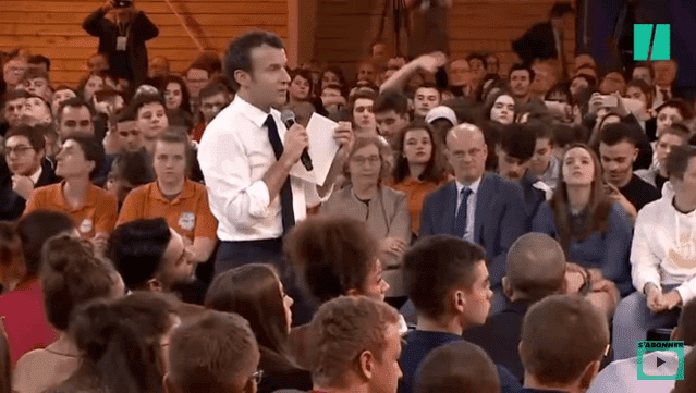 Grand débat: Macron interpellé par une victime de harcèlement scolaire / Photo : Youtube / LeHuffPost
