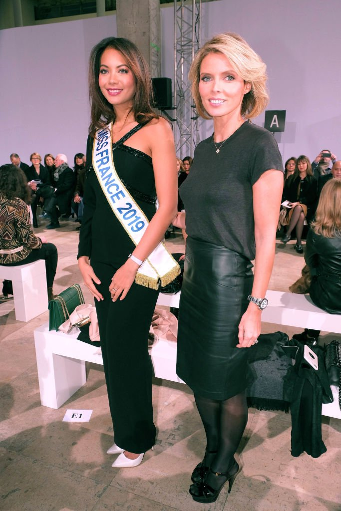 Miss France 2019 et Sylvie Tellier au défilé de la Fashion Week de Paris | Source | Getty Images Europe