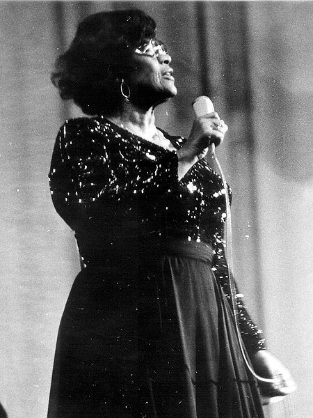 Ella Fitzgerald during a concert on October 17th 1975 in Cologne. | Source: Wikimedia Commons