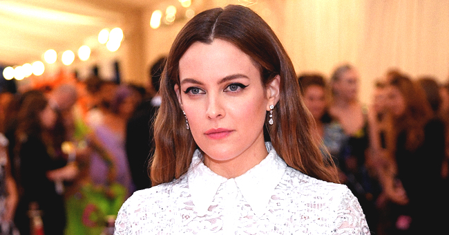 Elvis Presley's Granddaughter Riley Keough Poses with 'BFF' (Photo)