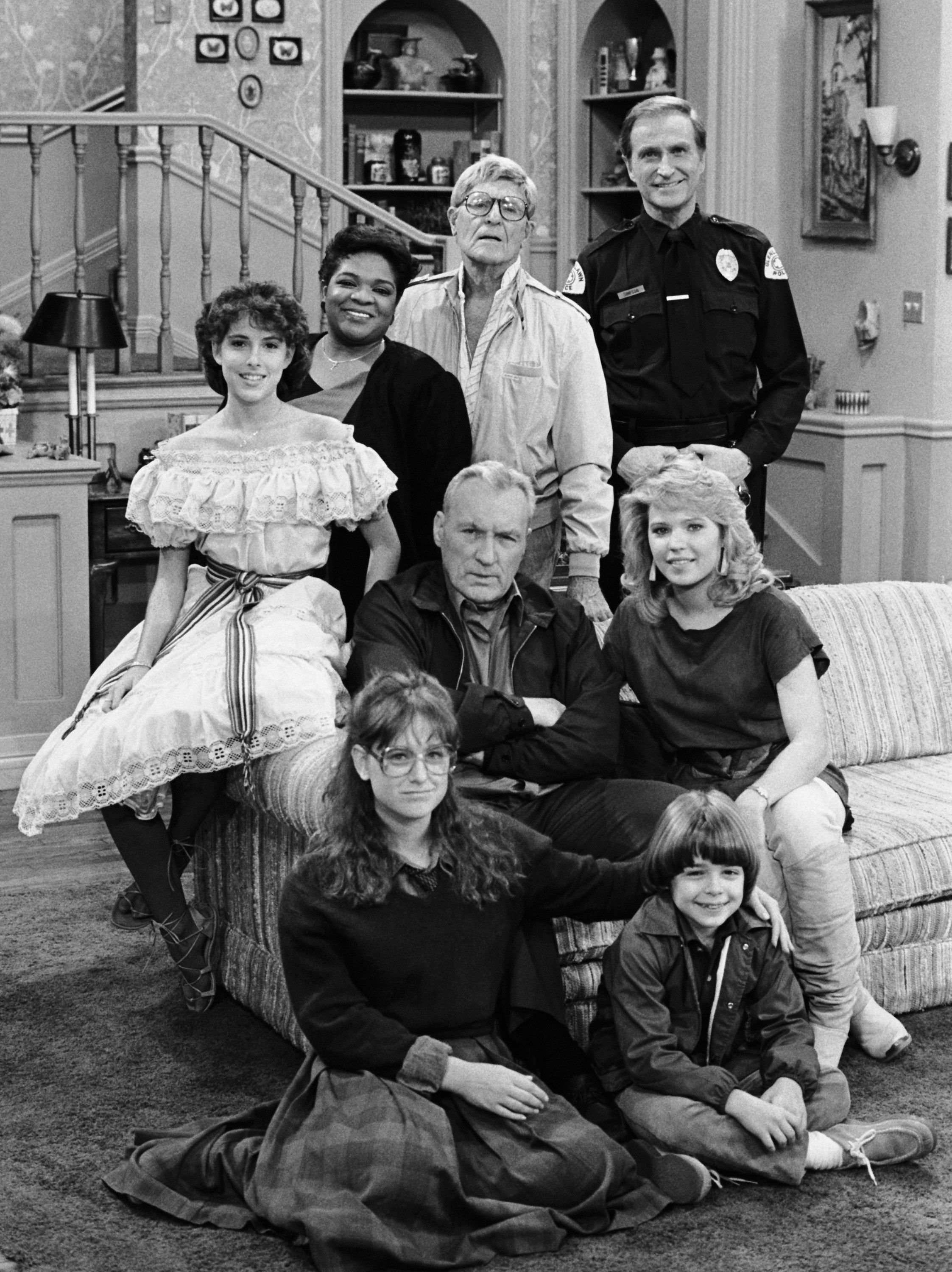 """Lara Jill Miller as Samantha 'Sam' Kaniskyand the rest of the cast of """"Gimme a Breakl!"""" in 1984 