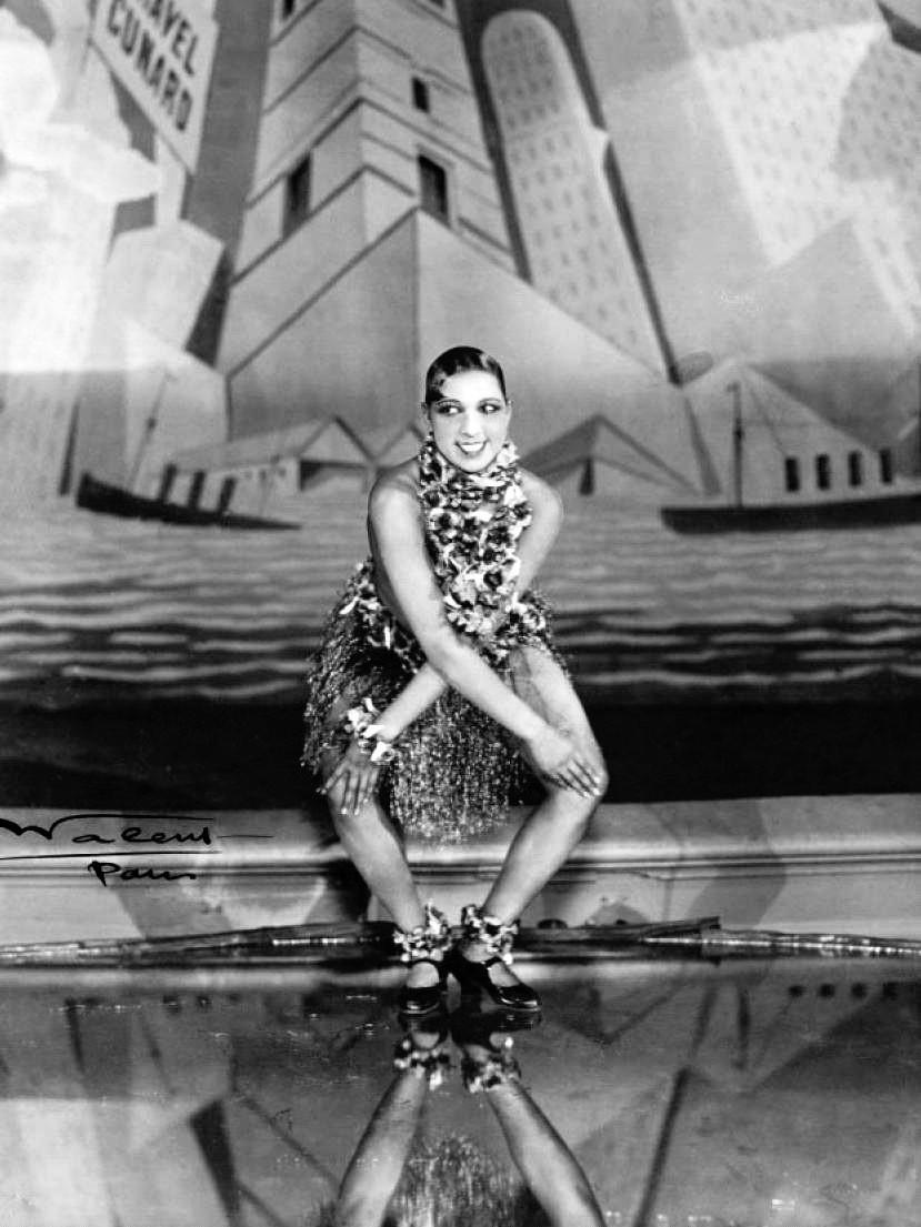 International star Josephine Baker dancing the Charleston in 1926 | Source: Wikimedia Commons/ Public Domain