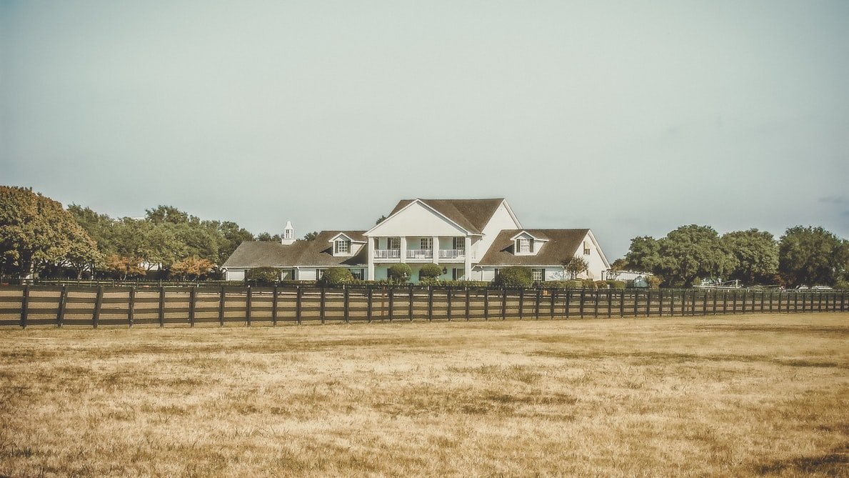 The ranch house | Source: Unsplash