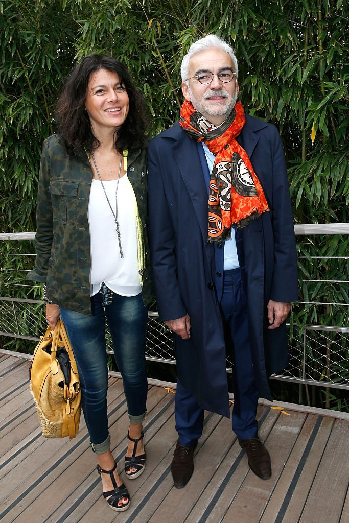 Pascal Praud et sa compagne Catherine le 4 Juin 2016 à Paris. l Source : Getty Images