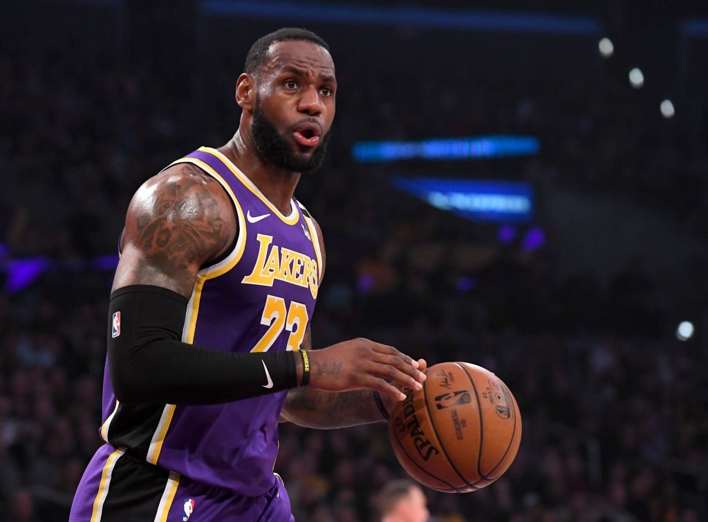 LeBron James #23 of the Los Angeles Lakers reacts after not getting a foul call in the game against the Orlando Magic in the game at Staples Center | Photo: Getty Images