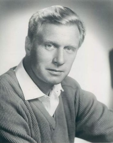 George Gaynes in 1964. | Source: Wikimedia Commons