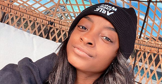 Gymnast Simone Biles Shows off Her Natural Beauty Posing in This Stunning Makeup-Free Selfie