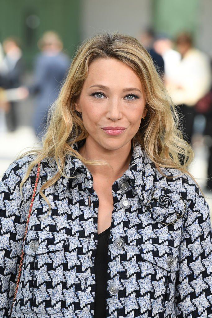 Laura Smet au Grand Palais à Paris : Source : Getty Images