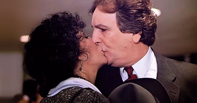 Cher Honors 'Moonstruck' Co-Star Danny Aiello in Tweet after His Recent Death at Age 86