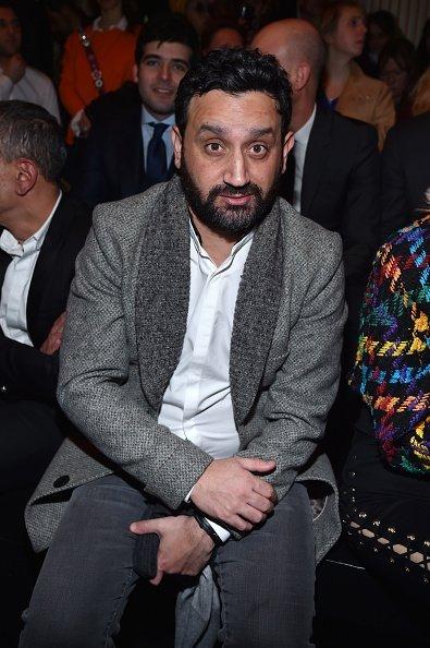 Cyril Hanouna assiste au défilé Balmain dans le cadre de la Semaine de la mode de Paris / Photo : GettyImage