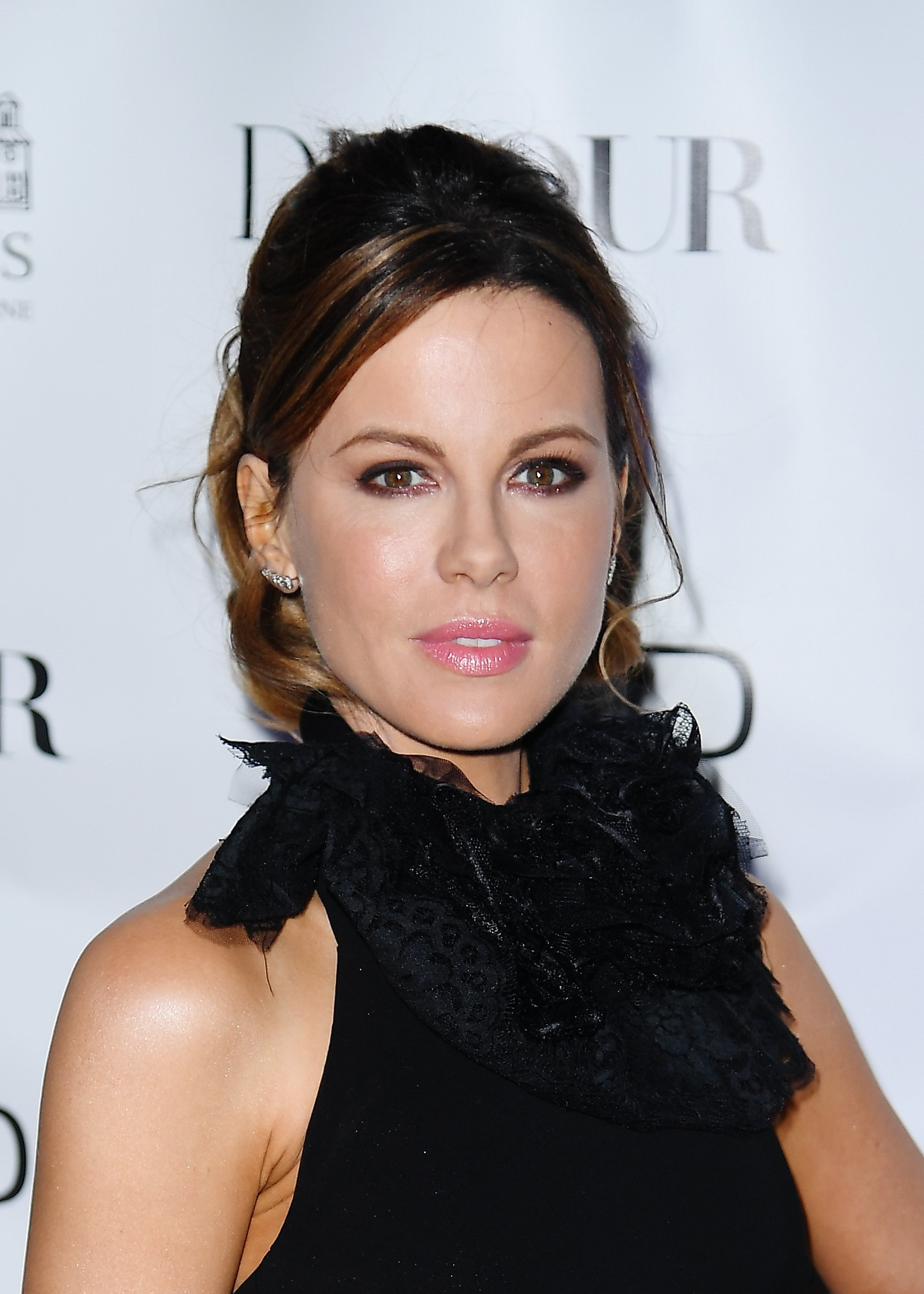 Actress Kate Beckinsale celebrates DuJour Magazine's spring issue cover at PHD Rooftop Lounge at Dream Downtown on February 28, 2019 in New York City   Photo: Getty Images