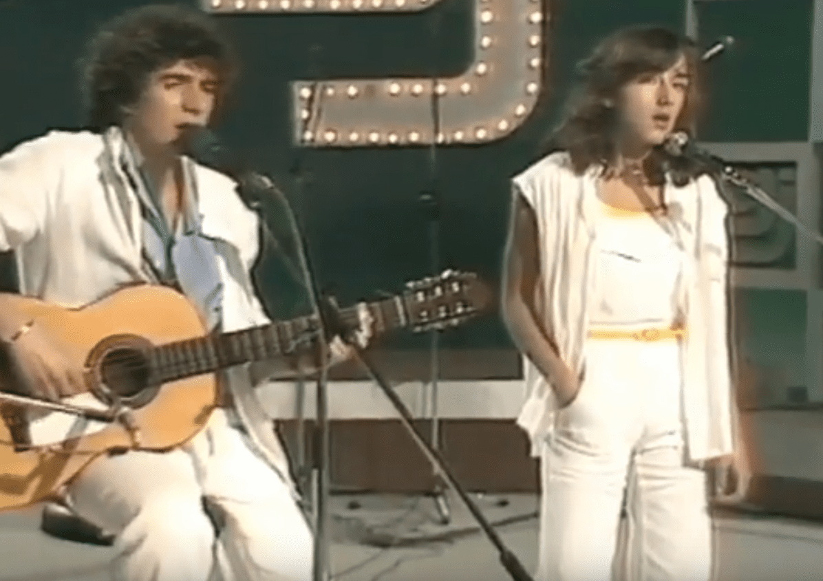"""Debut de José María Cano y Ana Torroja en el programa """"Gente Joven"""" de la 1 TVE año 1980.   Imagen: YouTube/Adrián"""