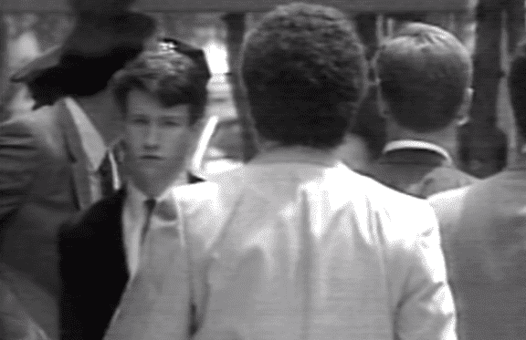 "A young Anderson Cooper caught on camera following his brother's suicide in 1988 | Photo: ""60 Minutes"""