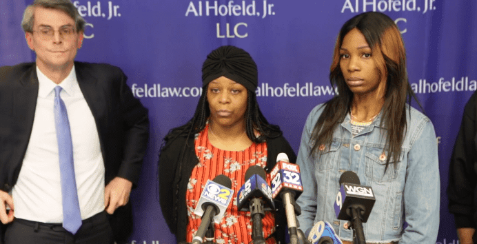 Kiqiana Jackson and Stephanie Bures speak at a press conference. | Source: Chicago Sun-Times