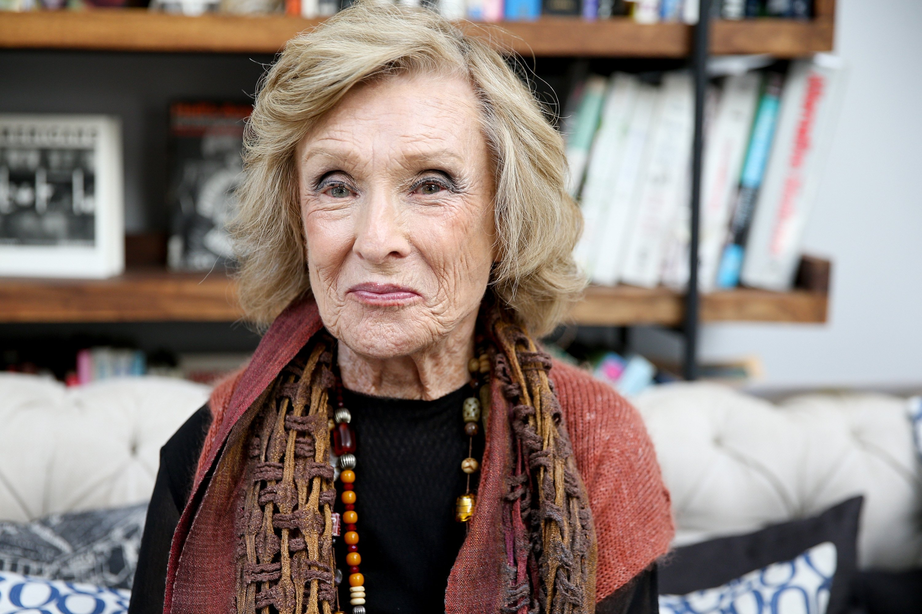 Cloris Leachman attends the PETA Fundraising Event at Private Residence on June 11, 2017 in Malibu, California | Photo: Getty Images