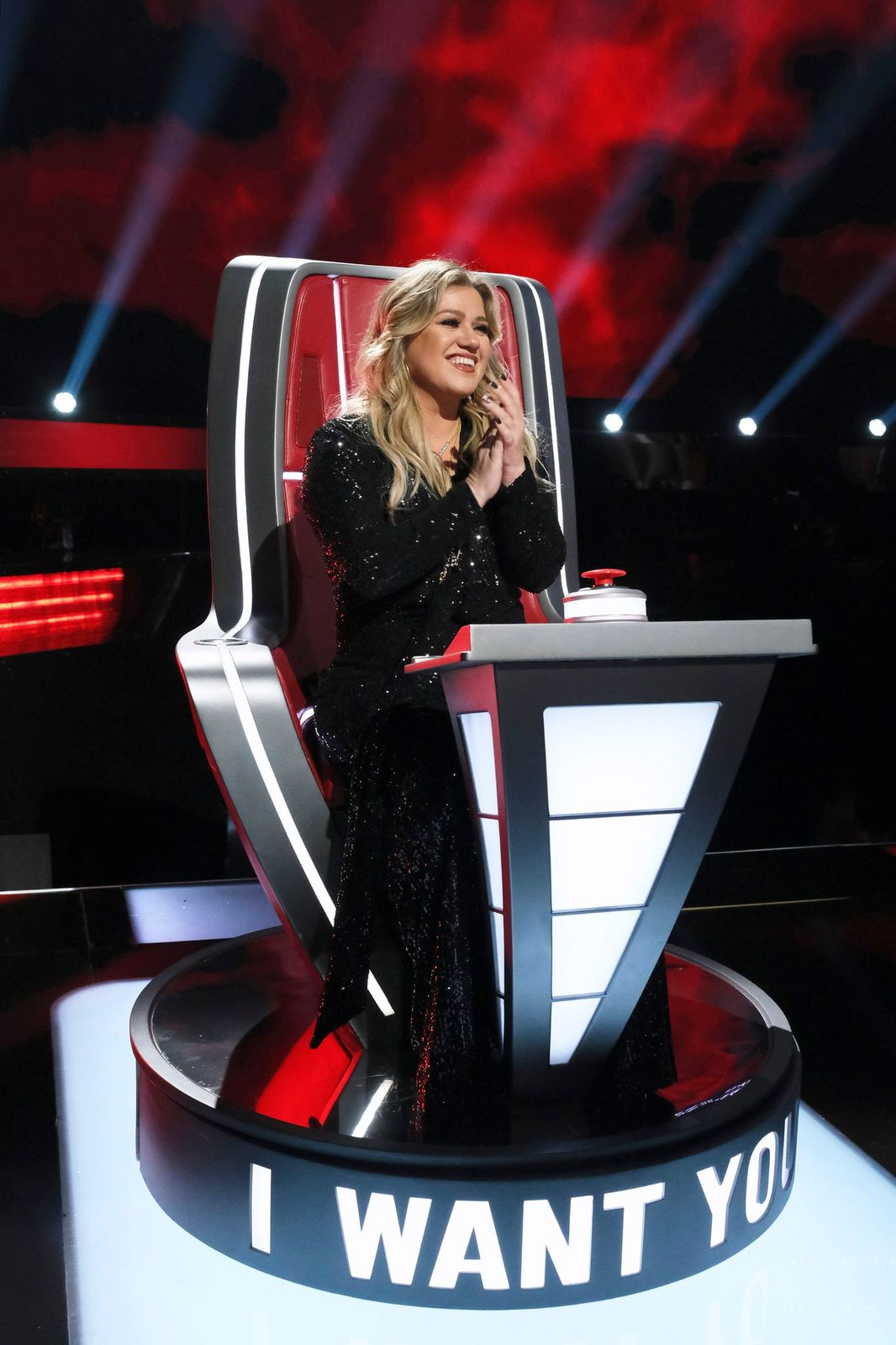 "Kelly Clarkson on ""The Voice"" Blind Auditions Episode 1903 