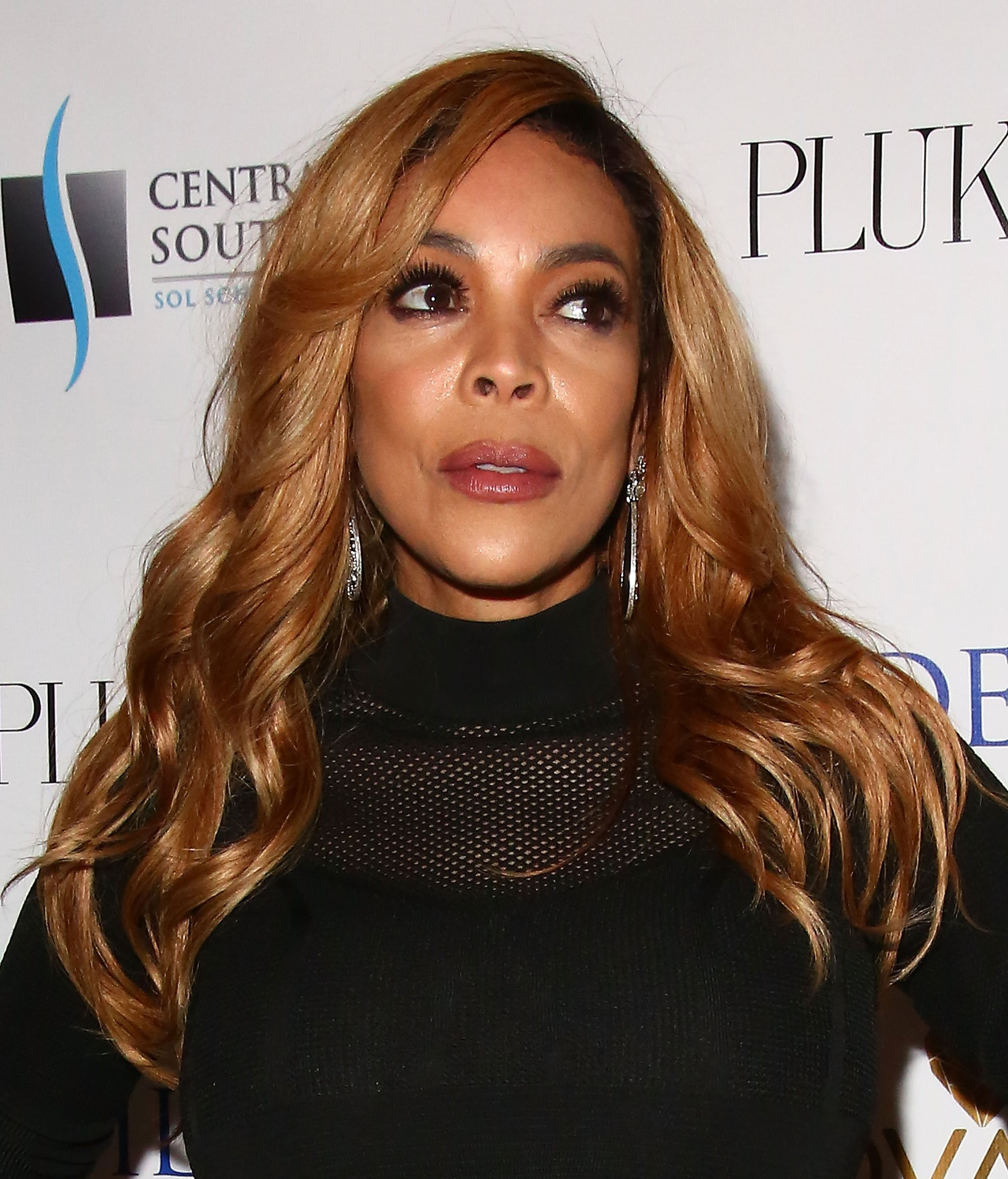 Wendy Williams celebrating her cover for Resident Magazine in April 2017. | Photo: Getty Images