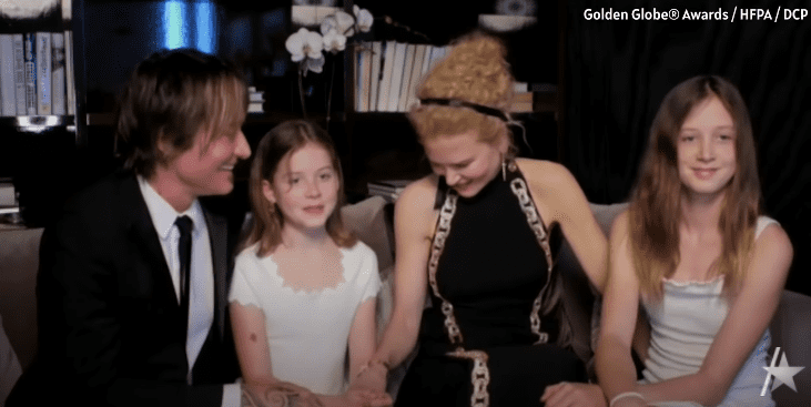 Nicole Kidman, Keith Urban and their children, Sunday and Faith pictured watching the 2021 Golden Globes. | Photo: YouTube/Access