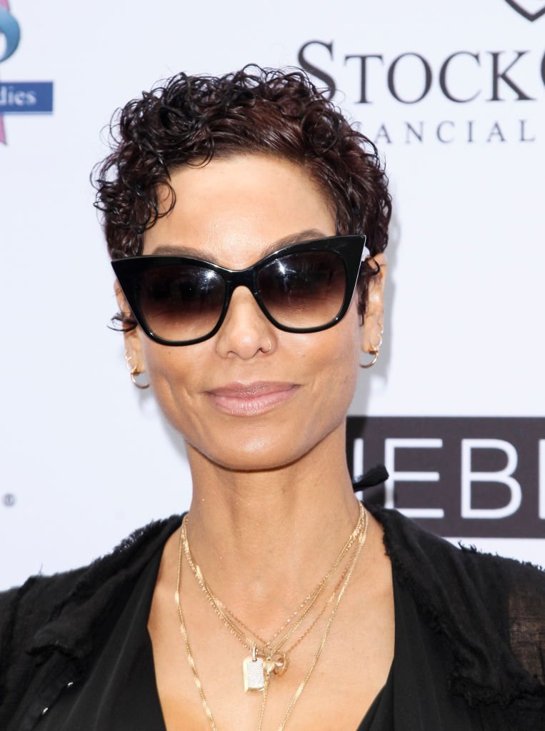 Nicole Murphy attends The Associates for Breast and Prostate Cancer Studies annual Mother's Day Luncheon at Four Seasons Hotel Los Angeles at Beverly Hills | Photo: Getty Images
