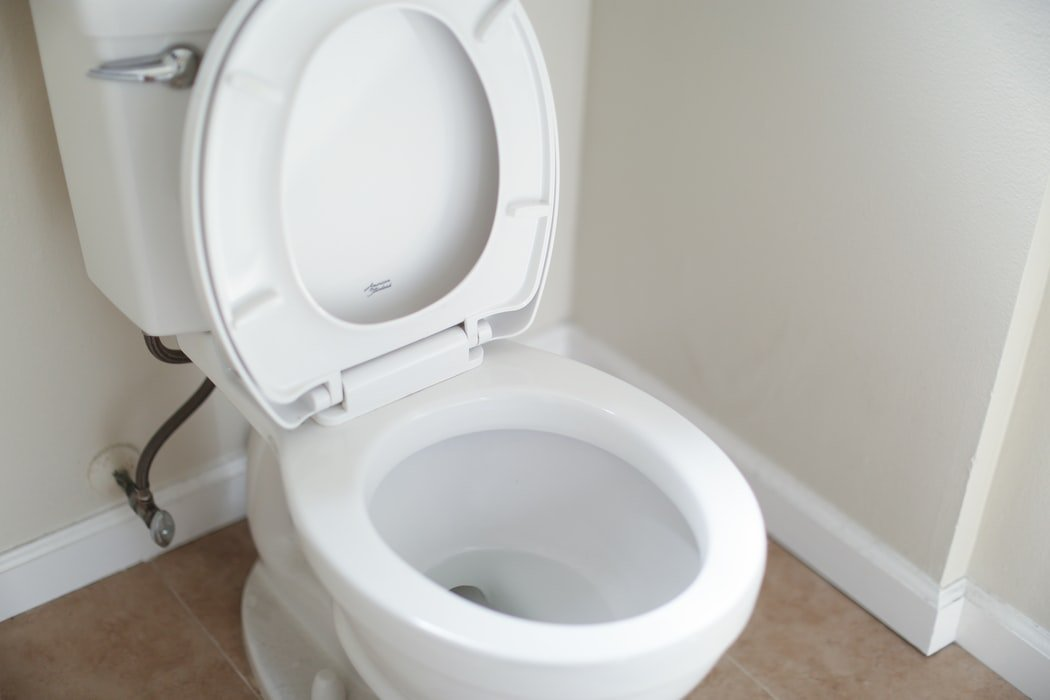 My husband was spending too much time in the toilet | Source: Unsplash