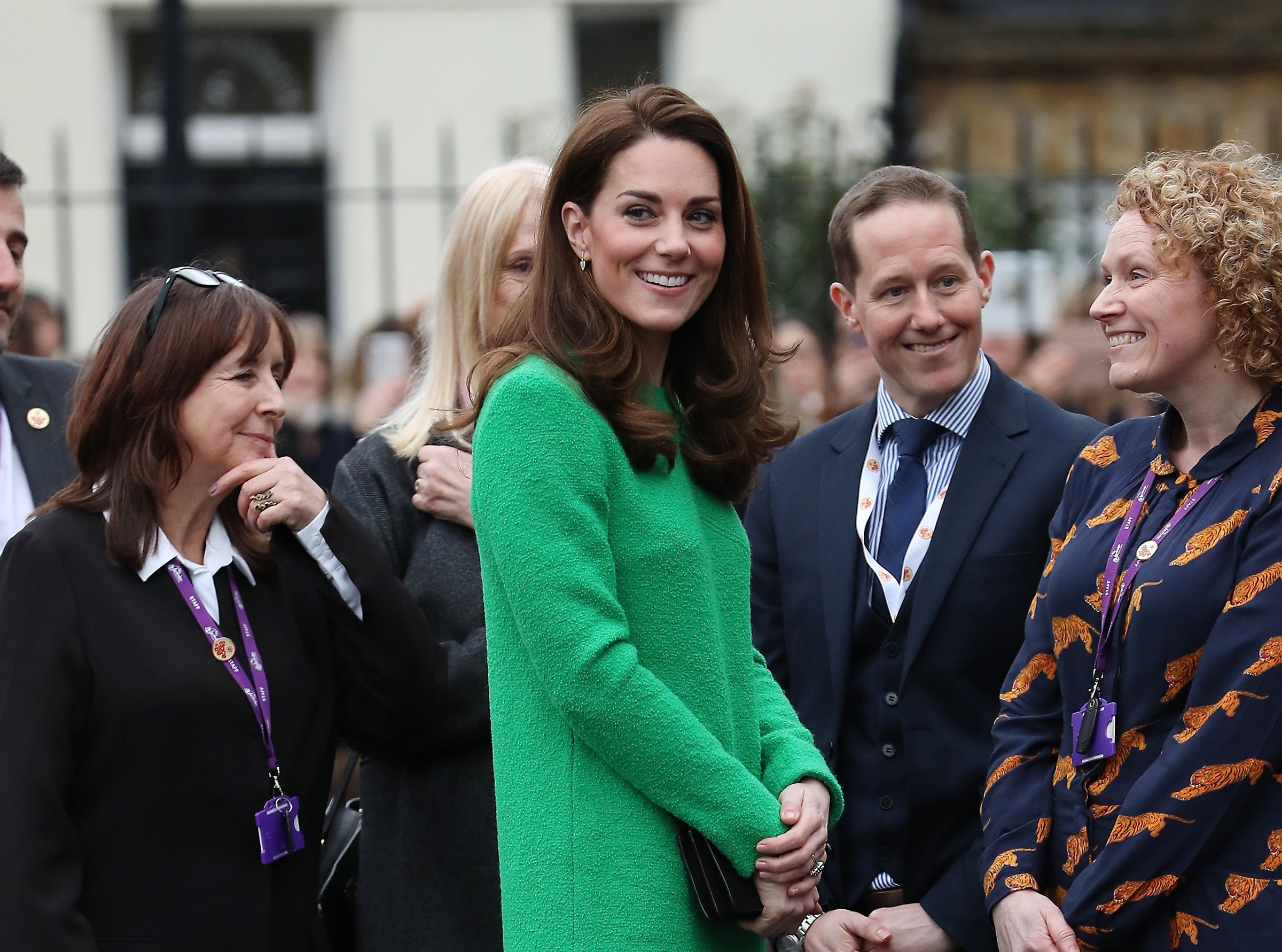 The Duchess of Cambridge visits schools in support of children's mental health | Photo: Getty Images